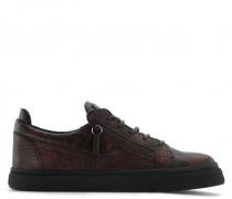 Brown crocodile embossed calfskin leather low-top sneaker FRANKIE