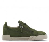 Green suede low-top sneaker THE SHARK 5.0 LOW