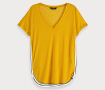 Sporty V-Neck T-Shirt