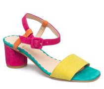 Oda, 402 Chromatic Shoes