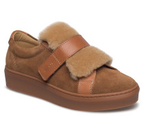 Anne Slip-On Shoes
