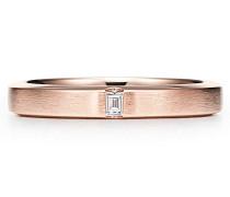 Tiffany Essential Ring satinierter Ehering in 18K Roségold mit einem Diamanten