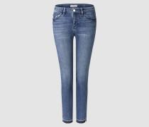 Midi-Studded-Jeans mit Fransensaum