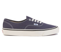 Turnschuhe Authentic 44