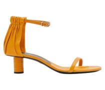 Sandalen mit Seilabsätzen