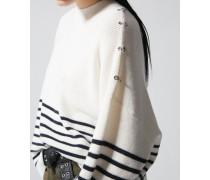 Pullover im stil