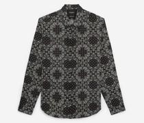 Langes Baumwollhemd mit Bandanaprint