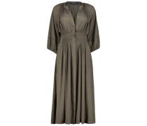 Clenched waist midi dress