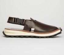 Braun/Schwarz Gekreuzte Sandalen aus Leder