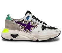 Sneaker mit verzierter Laufsohle