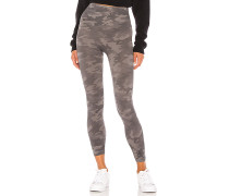 Cropped Look At Me Now Legging