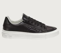Sneaker mit Gancini-Element