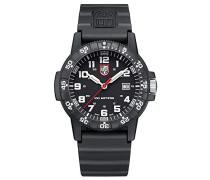 Datum klassisch Quarz Uhr mit PU Armband XS.0321