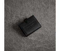 Faltbrieftasche aus Leder mit Prägedetail
