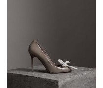 Stiletto-Pumps aus Lackleder mit Kordeldetail