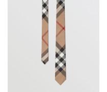 Modern geschnittene Seidenkrawatte mit Karomuster
