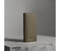 Brieftasche im Kontinentalformat aus Trench-Leder