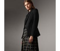 Körperbetontes Jackett aus Wolle im Turniersakko-Stil