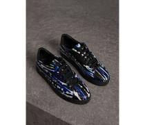 Sportschuhe aus Leder im Farbklecks-Design