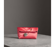 The Small Pin Clutch aus Satin