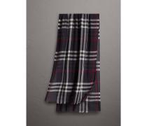 Leichter Schal aus Wolle und Seide