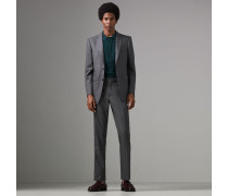 Klassisch geschnittener Anzug aus Sharkskin-Wolle