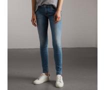 Eng geschnittene Jeans