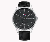 Armbanduhr mit kleinem Rautenmuster auf dem Zifferblatt