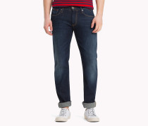 Straight Cut Comfort Jeans