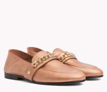 Leder-Loafer mit Kettendetail
