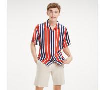 Hemd mit verschiedenen Streifen
