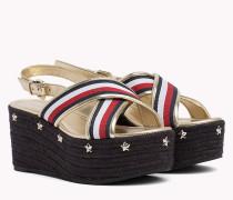 Flatform-Sandale mit Sternnieten und Riemchen