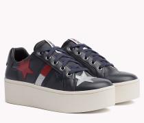 Glitzernder Sneaker mit Plateausohle