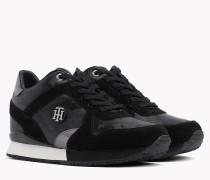 Flatform-Sneaker aus Wild- und Lackleder