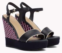Sandale mit Keilabsatz in Weboptik