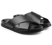 Sandalen aus Leder mit gekreuzten Riemen