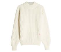 Bestickter Zopfstrick-Pullover