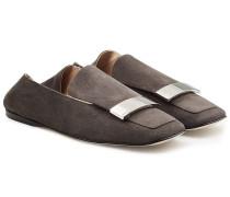 Loafers aus Veloursleder mit Zierschnalle