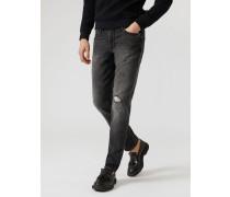 Jeans J06 Sand-waschung mit Dekorativen Rissen