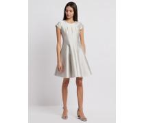 Ausgestelltes Kleid aus Radzimir in Baumwolle und Seide