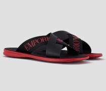 Flip-flops aus Leder mit Gekreuzten Riemen und Emporio Armani-logo