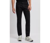 Jeans J06 In Slim Fit Aus Baumwolldenim