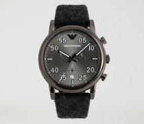 Chronograph mit Armband aus Tuch und Stahlgehäuse