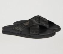 Sandale Mit Kreuzlederbändern Mit Kroko-prägung