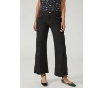 Jeans Wide Fit J33 mit Logostickerei auf Der Tasche