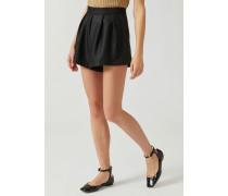 Shorts mit Abnähern aus Wollmischung und Lurexgarn