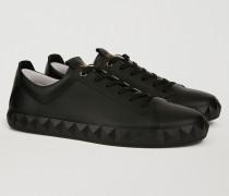 Sneakers Mit Dreidimensionaler Gummisohle