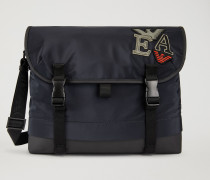 Messenger Bag Aus Funktionsmaterial Mit Patches