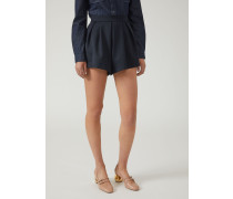 Shorts aus Baumwollgabardine mit Abnähern Vorne