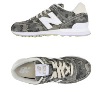 574 CAMOUFLAGE Low Sneakers